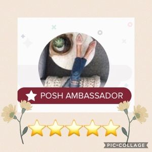 POSHMARK Ambassador ⭐️⭐️⭐️⭐️⭐️ Top Rated Seller 💛